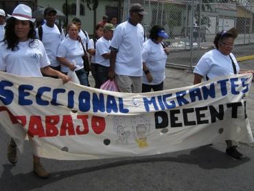 Trabajadores migrantes participan en el día del trabajador y trabajadora. El CDL de Costa Rica formo parte de la marcha.
