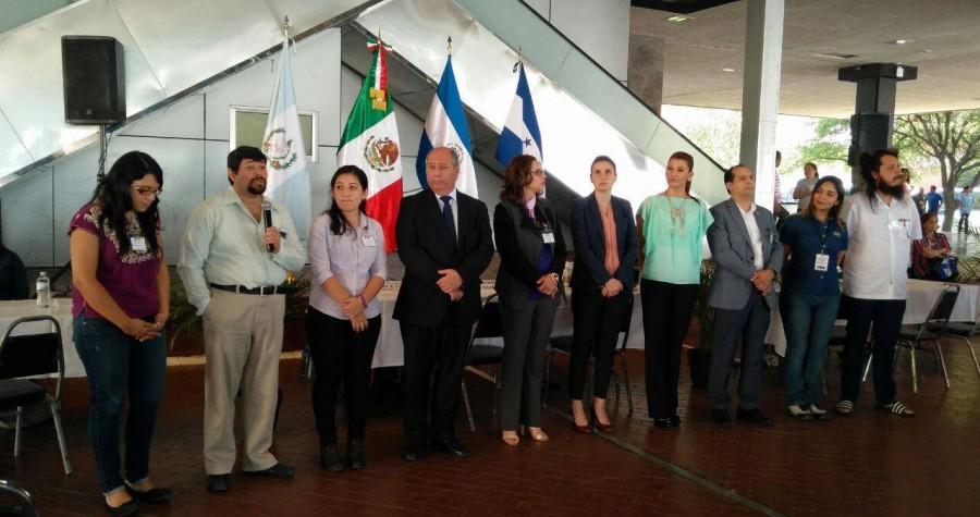 Feria de asesoría sobre regularización migratoria para personas de El Salvador, Guatemala y Honduras